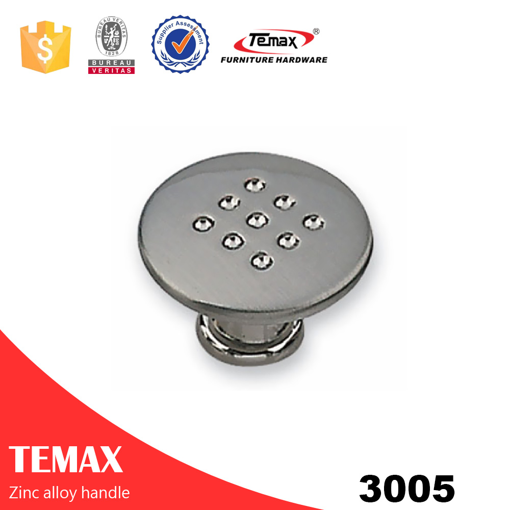 3005 chrome zinc furniture pull handle from Temax