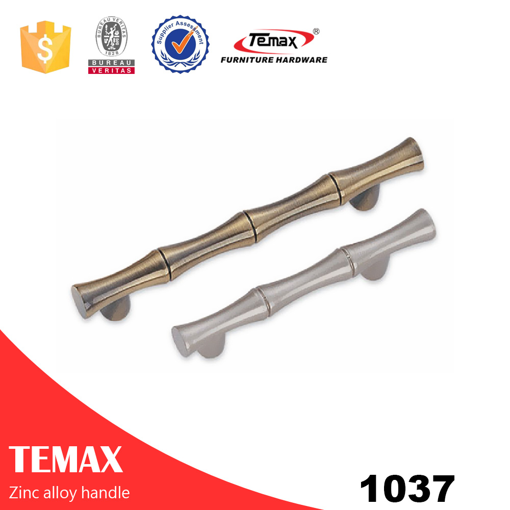 1037 Fancy zinc alloy door handles from Temax