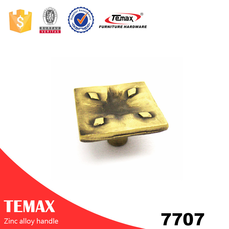 7707 high quality zinc cabinet pulls handles from Temax