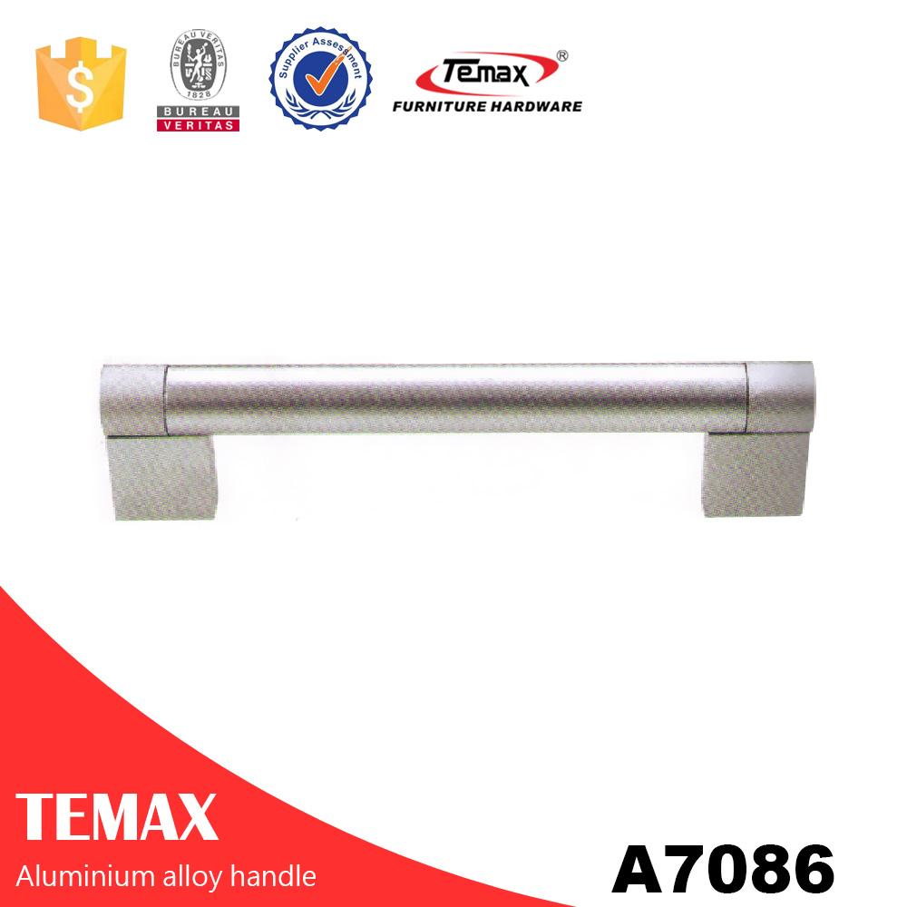A7086 chrome door handles