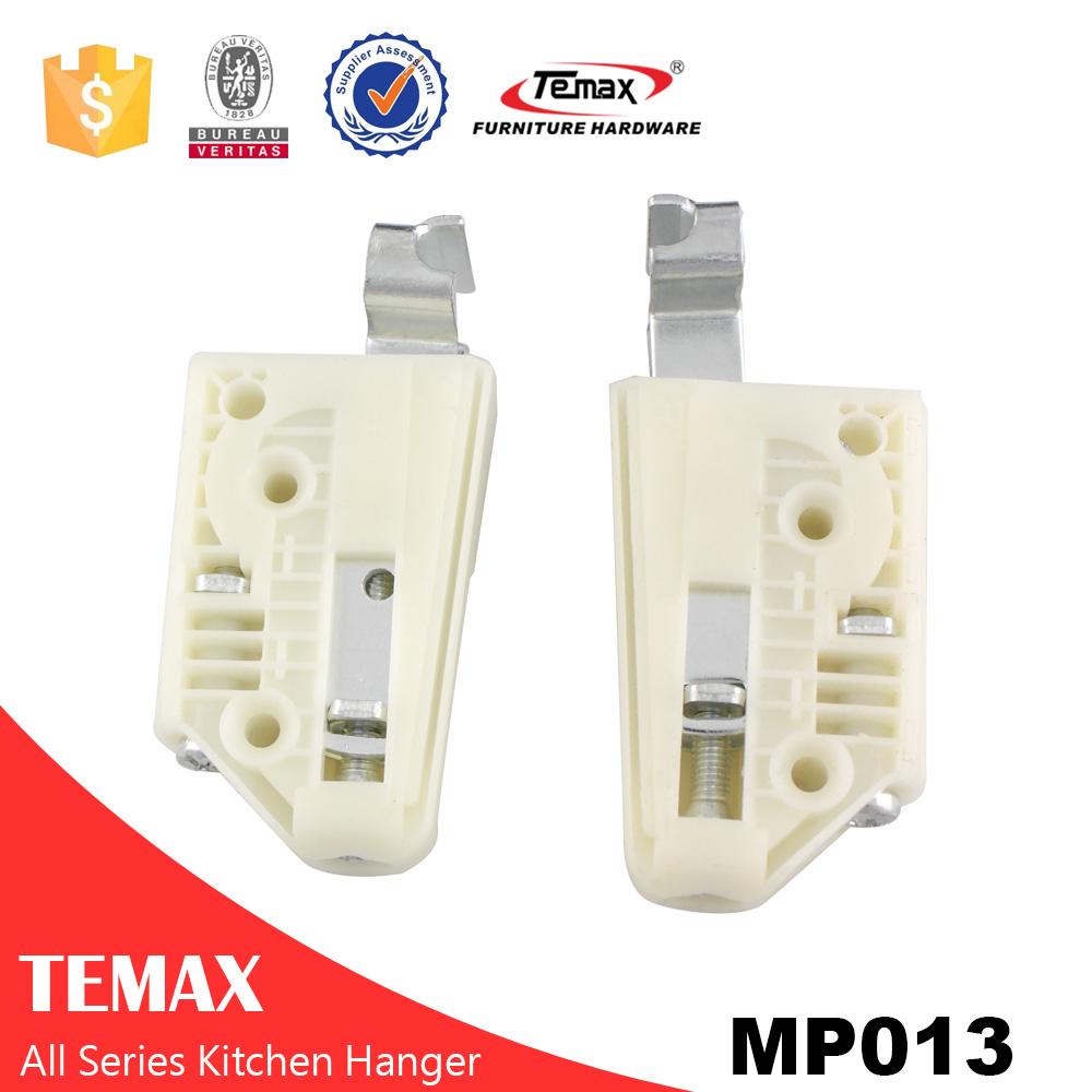 MP013plastic expandable clothes hanger