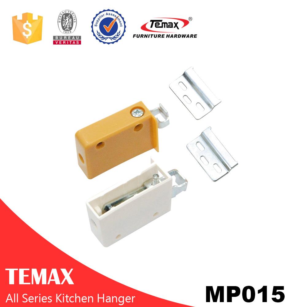 MP015plastic expandable clothes hanger