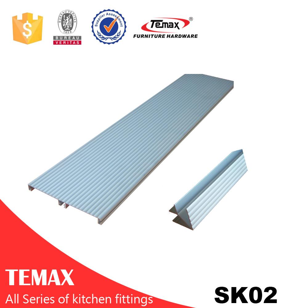 SK02 polystyrene skirting board