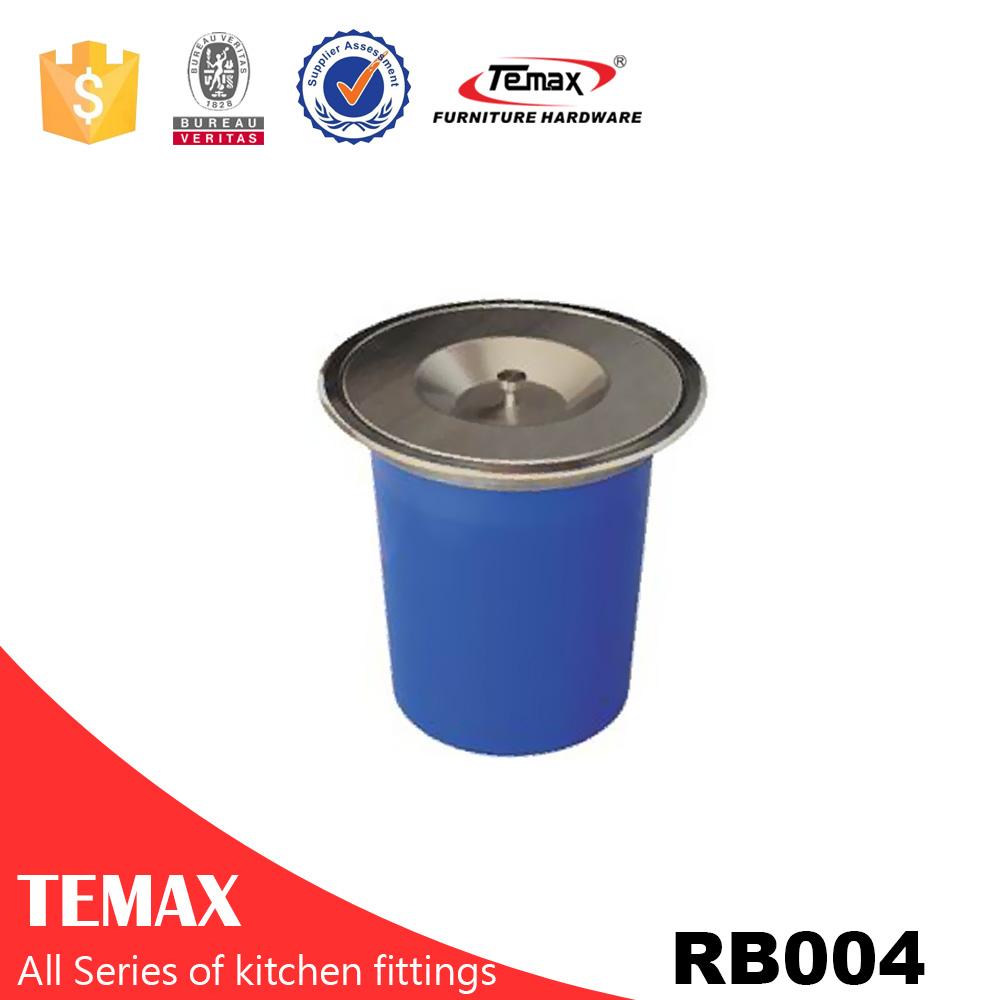 Temax plastic pedal trash bin