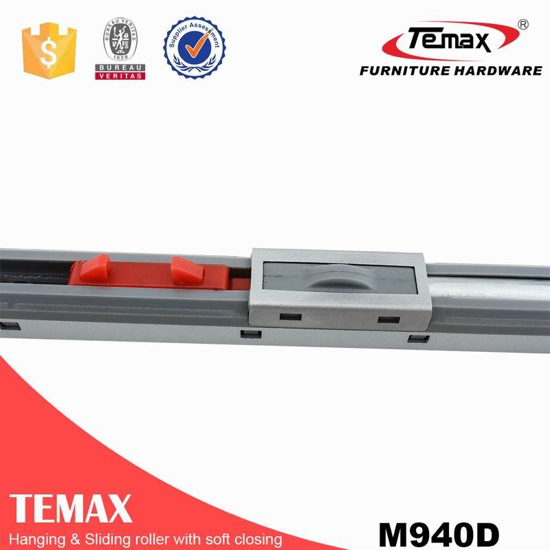 M940D Interior Soft Close Sliding Door Track Top Roller for Cabinet Furniture