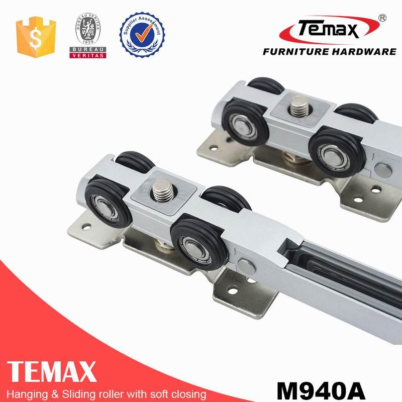 Mini type double soft close hanging door roller